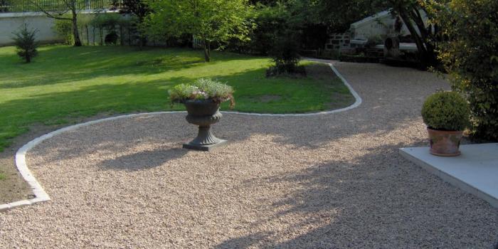 Entretien de jardins berger paysage saumur for Contrat entretien jardin