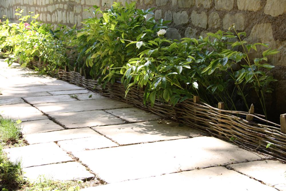 All es de jardin et circulations berger paysage saumur for Entretien jardin 41